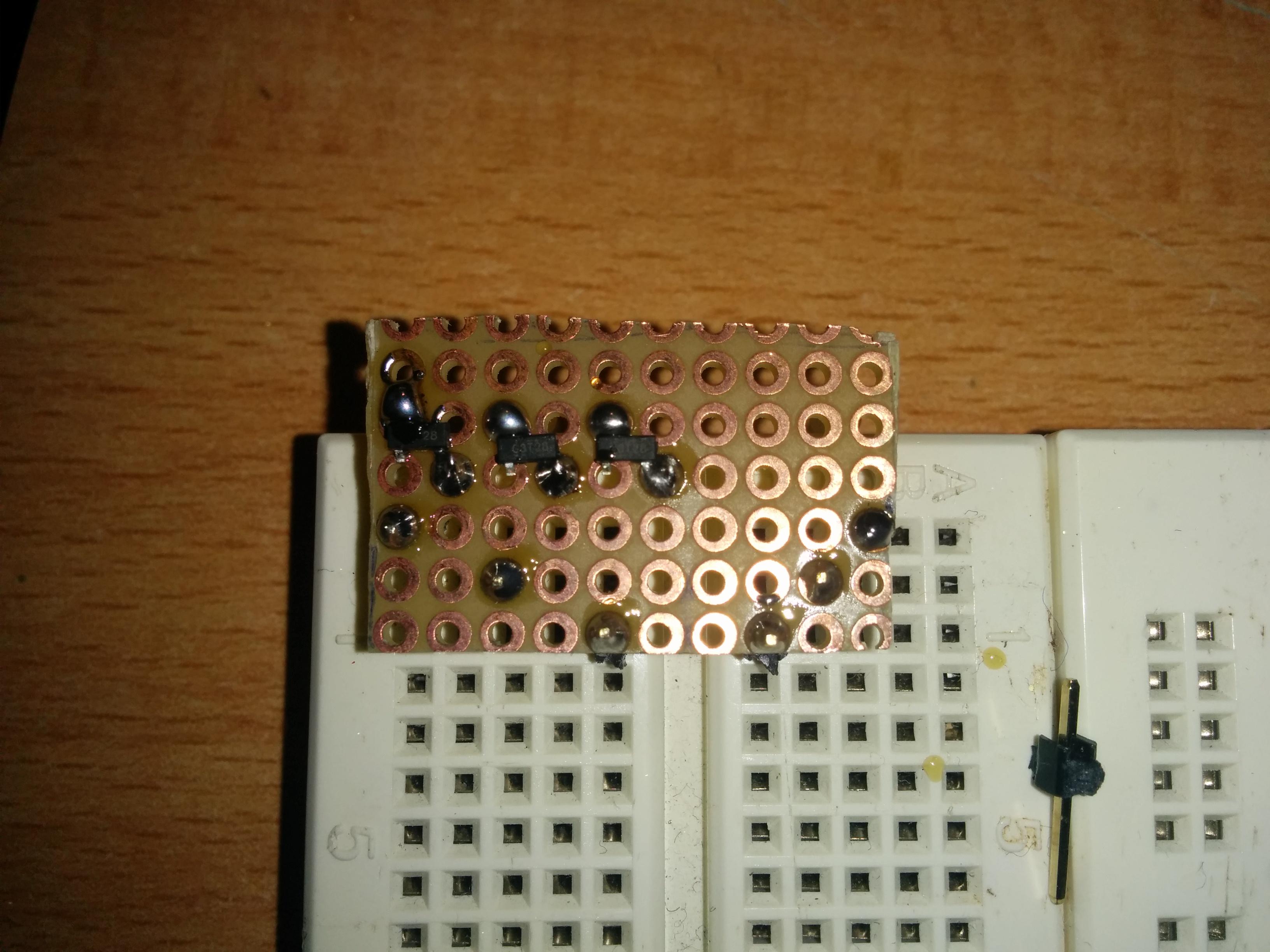 Schritt 5:  Transistoren anlöten
